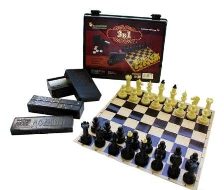 Игра 3в1 (шашки, домино, шахматы) в пластиковой шкатулке